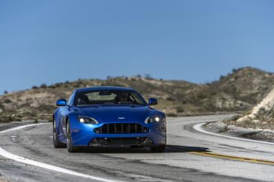 Aston Martin V8 Vantage GTS 2016 (officiel)