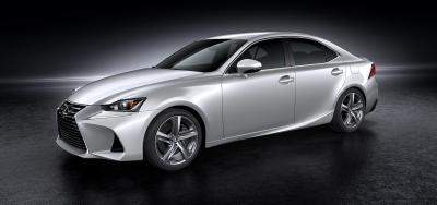 Lexus IS restylée 2016 (officiel)