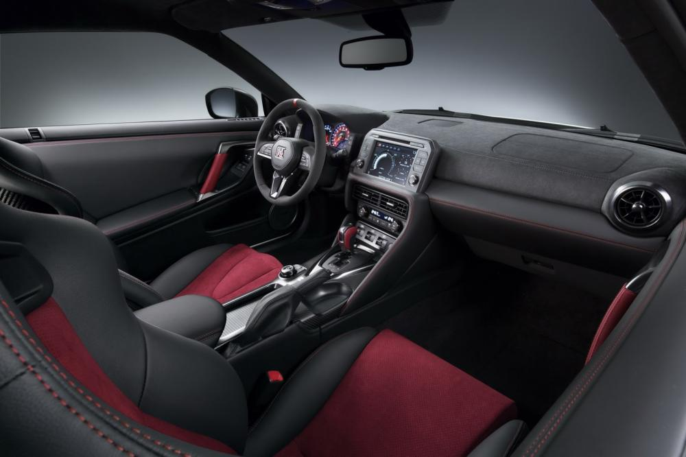 Nissan GT-R Nismo restylée (2016)