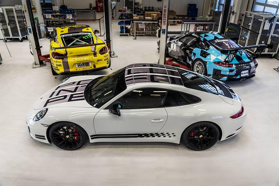 Porsche 911 Carrera S Endurance Racing Edition 2016 (officiel)