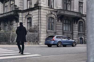 Volvo S90 et V90 R-Design 2016 (officiel)