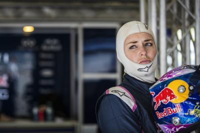 La skieuse de charme Lindsey Vonn s'essaie à la monoplace
