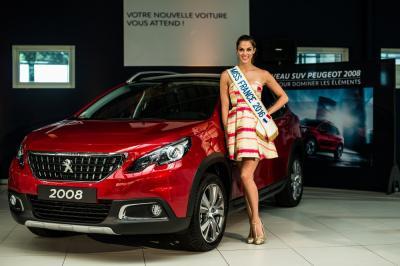 Miss France 2016 conquise par son Peugeot 2008
