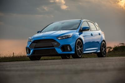 Ford Focus RS HPE400 par Hennessey