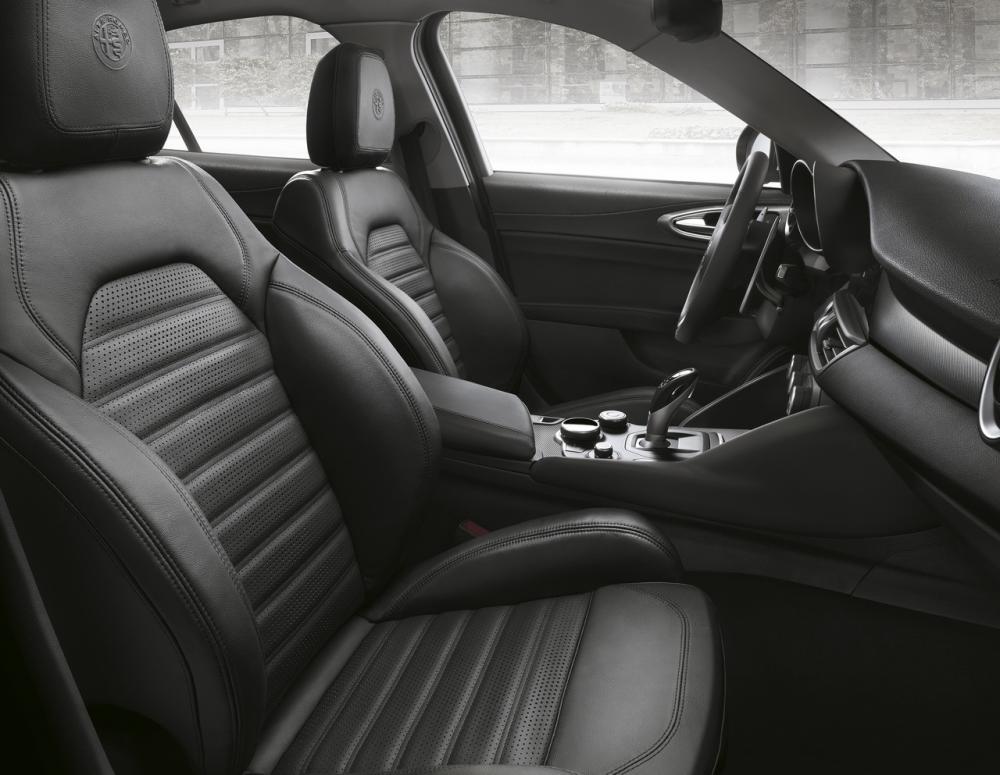 Alfa Romeo Giulia Veloce (officiel)
