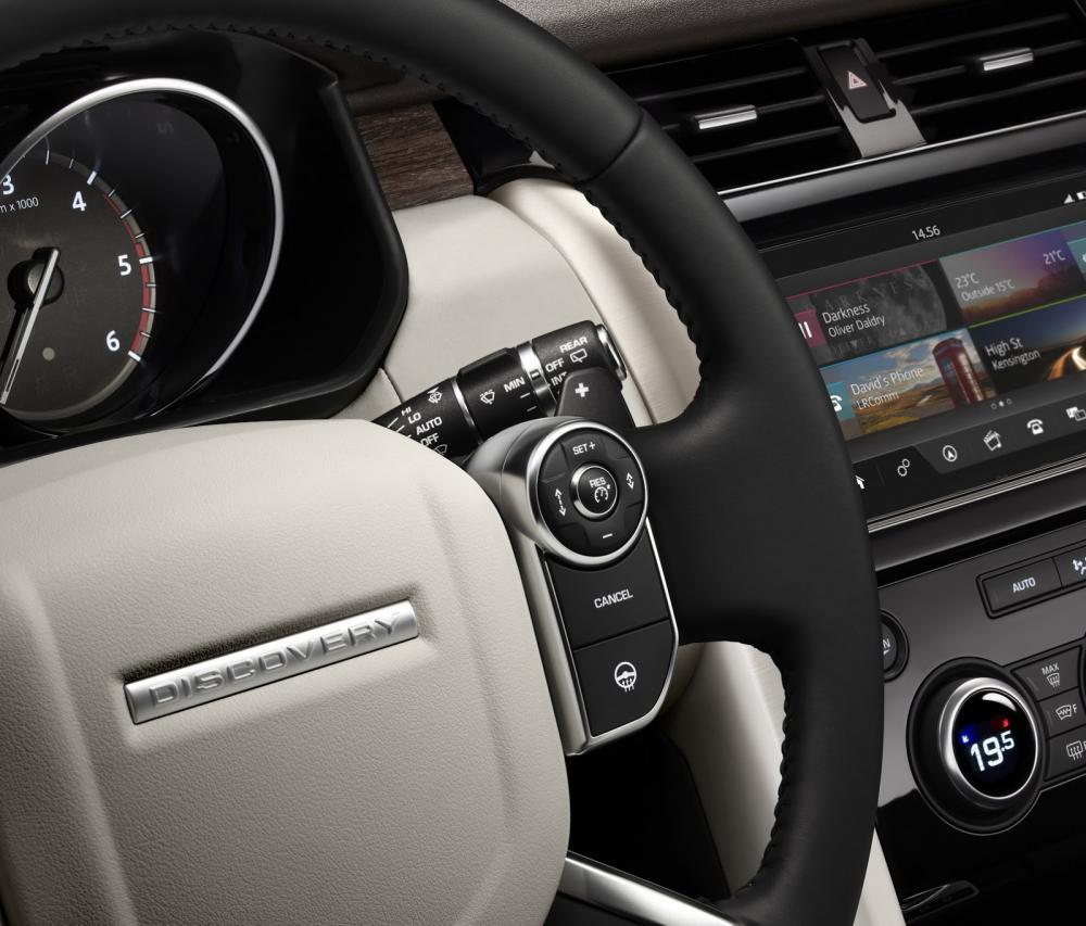 Nouveau Land Rover Discovery 2017