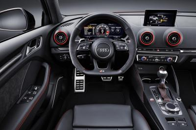 Audi RS3 Berline 2017 (officiel)