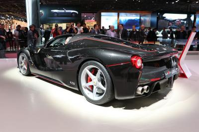 Ferrari LaFerrari Aperta : les photos en direct du Mondial