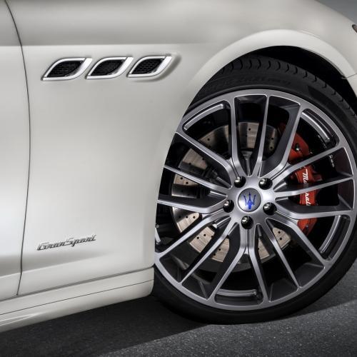 Maserati Quattroporte restylée : toutes les photos