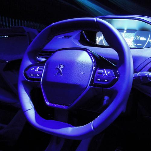 Nouveau Peugeot i-cockpit