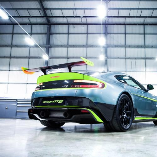 Aston Martin Vantage GT8 : les photos