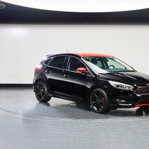 Ford Focus Red & Black Edition : toutes les photos