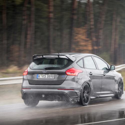 Ford Focus RS 2016 : toutes les photos sur le circuit de Lommel