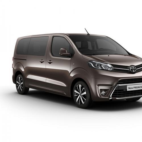 Peugeot Traveller, Citroën Spacetourer et Toyota Proace : les photos