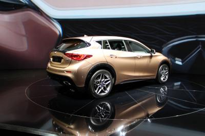 Infiniti Q30 : les photos du salon de Francfort