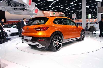 Seat Leon Cross Sport Concept : les photos en direct de Francfort