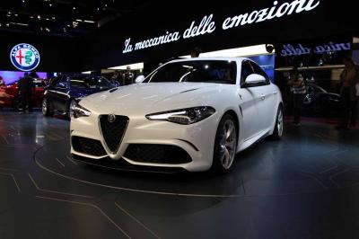 Alfa Romeo Giulia QV : les photos en direct de Francfort