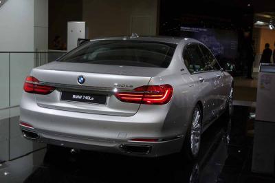 BMW Série 7 : les photos en direct du salon de Francfort