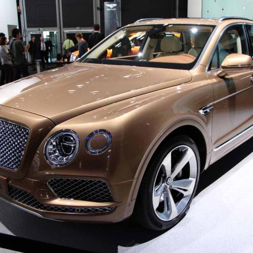 salon de francfort 2015 bentley bentayga. Black Bedroom Furniture Sets. Home Design Ideas