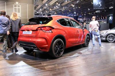 DS 4 Crossback : les photos en direct du salon de Francfort