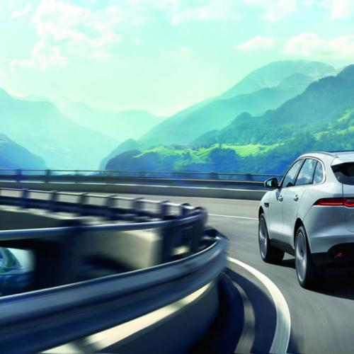 jaguar F-Pace : les photos officielles