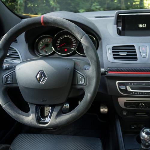 Comparatif Renault Mégane R.S. / Peugeot RCZ R