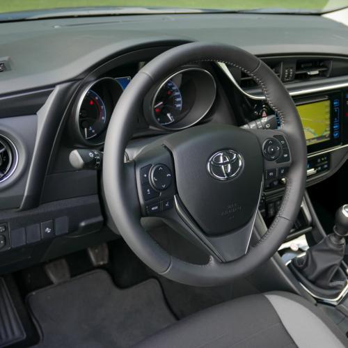 Essai Toyota Auris 2015