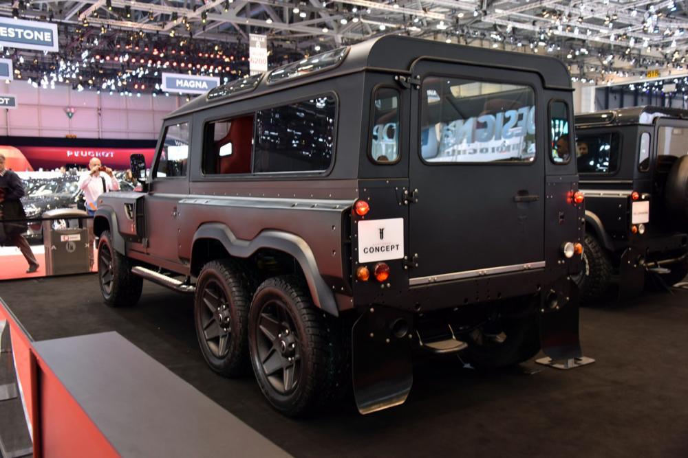 Land Rover Defender 6x6 Kahn Design