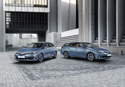 Toyota Auris et Avensis restylées