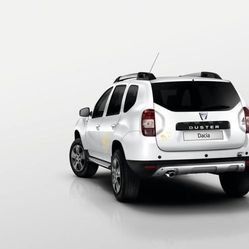 Dacia Duster Air et Sandero Black Touch