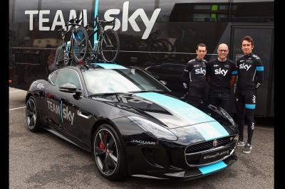 Jaguar F-Type Tour de France