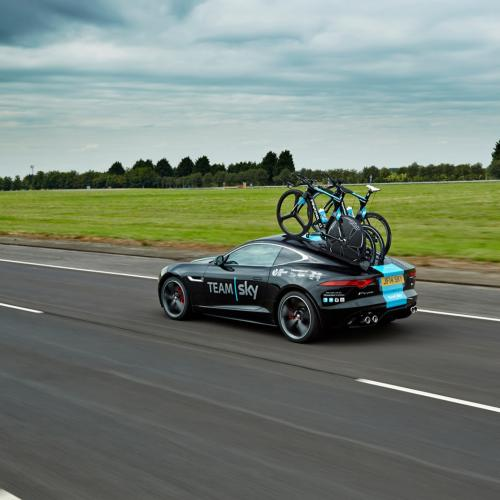 Jaguar F-Type Tour de France