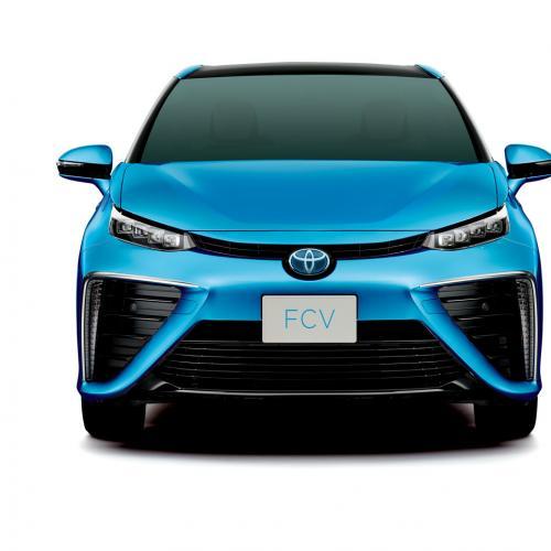 Toyota Fuel Cell Sedan : le modèle de série