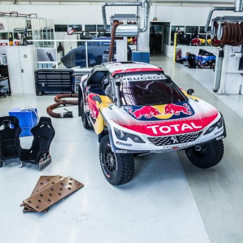 Peugeot 3008 DKR 2017 (version définitive)
