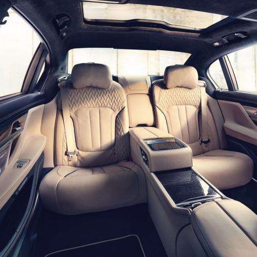 BMW M760Li xDrive par BMW Individual