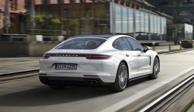 Porsche Panamera Turbo S E-Hybrid (officiel - 2017)